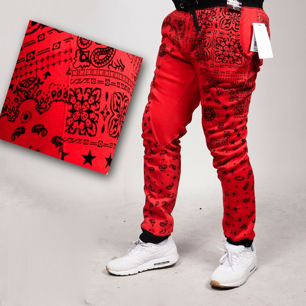 incredible red bandana joggers outfit
