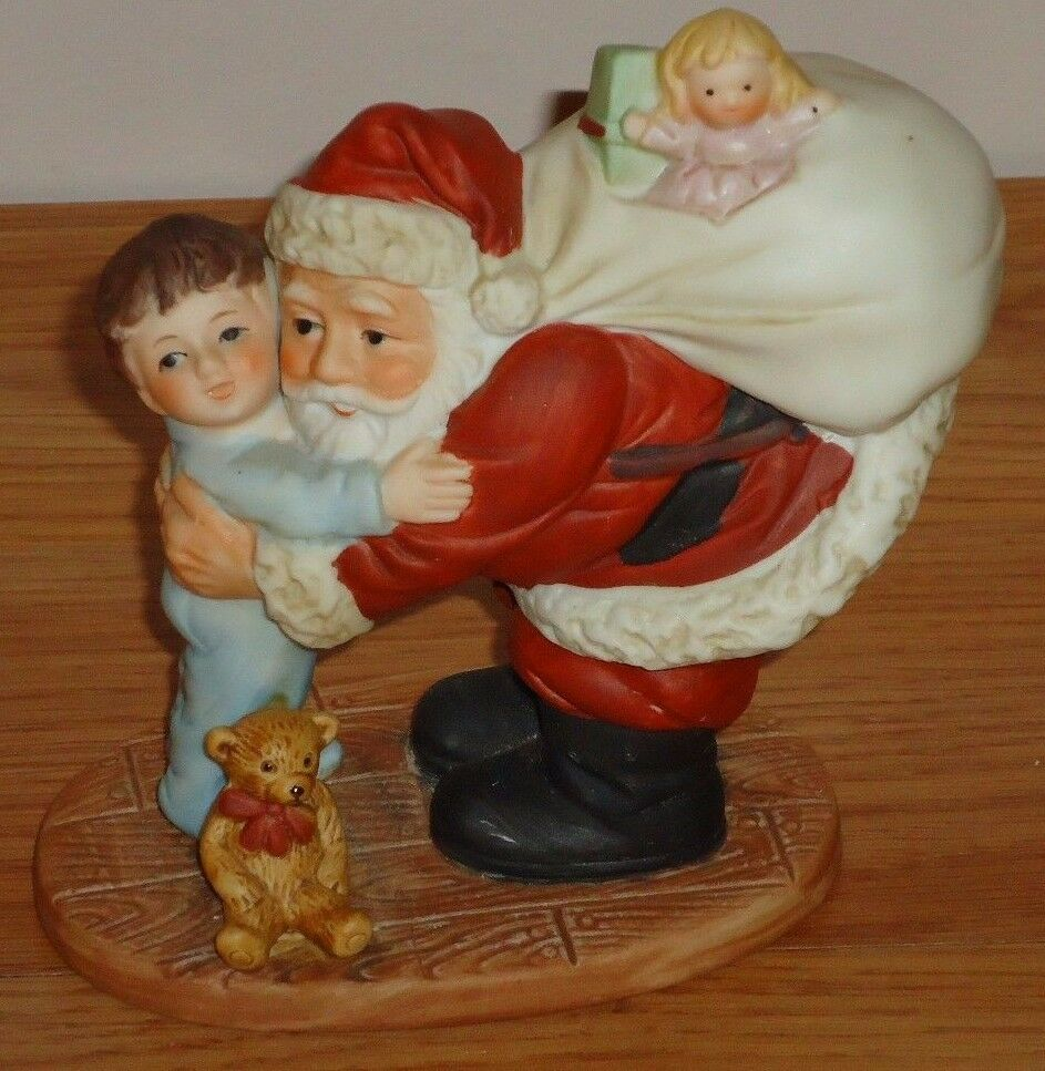 Vintage home interiors christmas figurine santa hugging Home interiors figurines homco