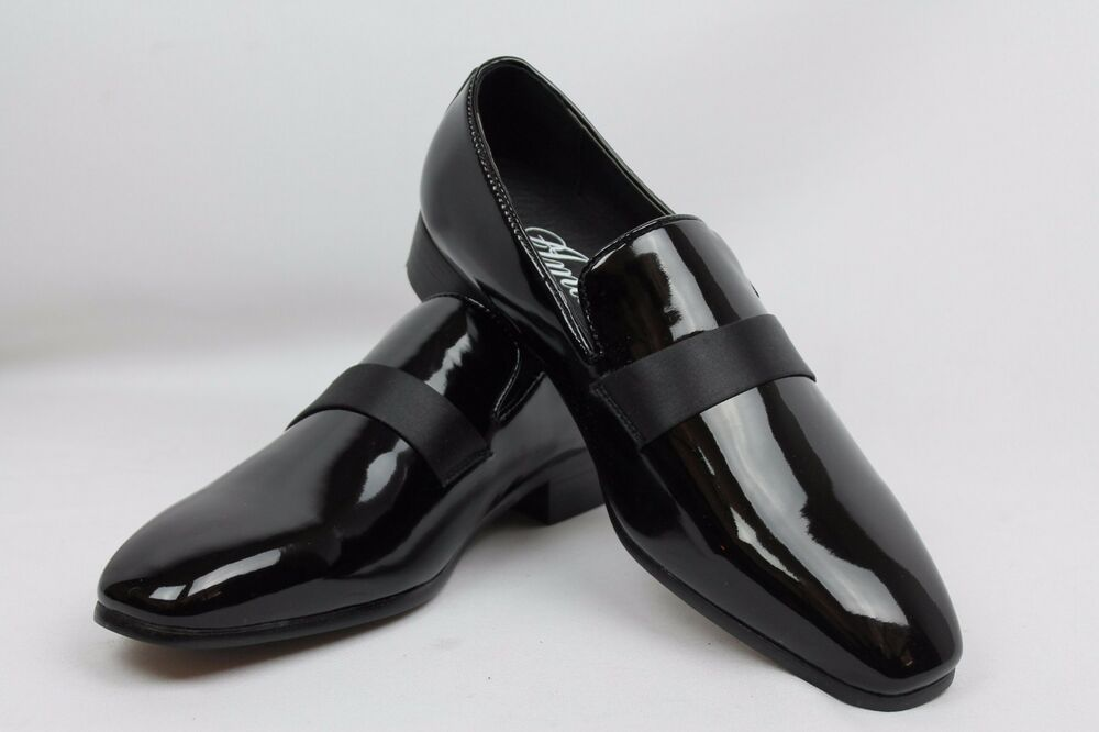 These understated shoes feature smooth and understated patent leather uppers and a cushioned insole for hours of comfortable multiformo.tke multiformo.tk plain multiformo.tk multiformo.tke multiformo.tkned multiformo.tk-made multiformo.tked.