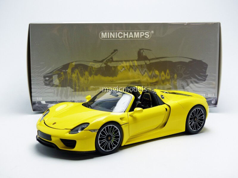 minichamps 2013 porsche 918 spyder version production yellow 1 18 new in stock ebay. Black Bedroom Furniture Sets. Home Design Ideas