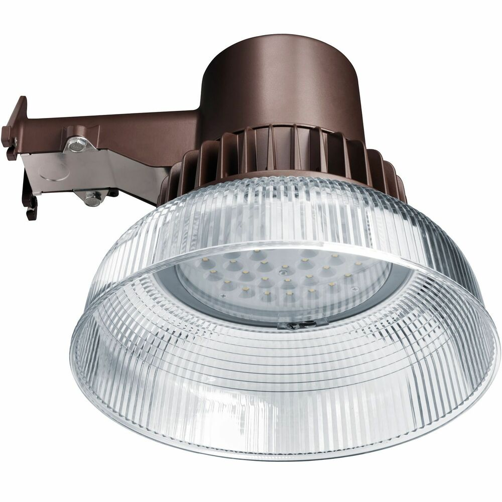 Honeywell outdoor led security light 3500 lumen dusk to for Led yard light fixtures