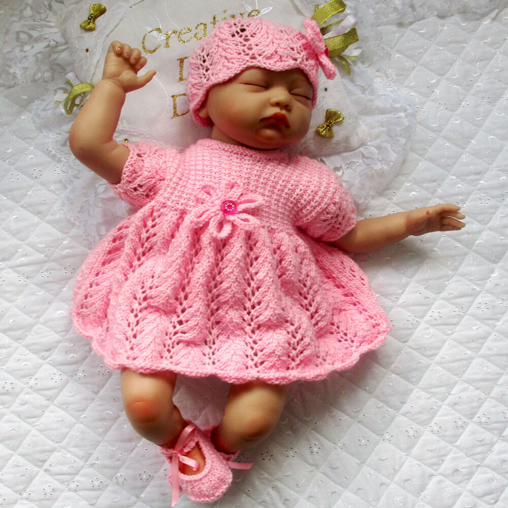 """BABY DOLL KNITTING PATTERN DRESS SET FOR 20"""" 22"""" DOLL 0 3"""