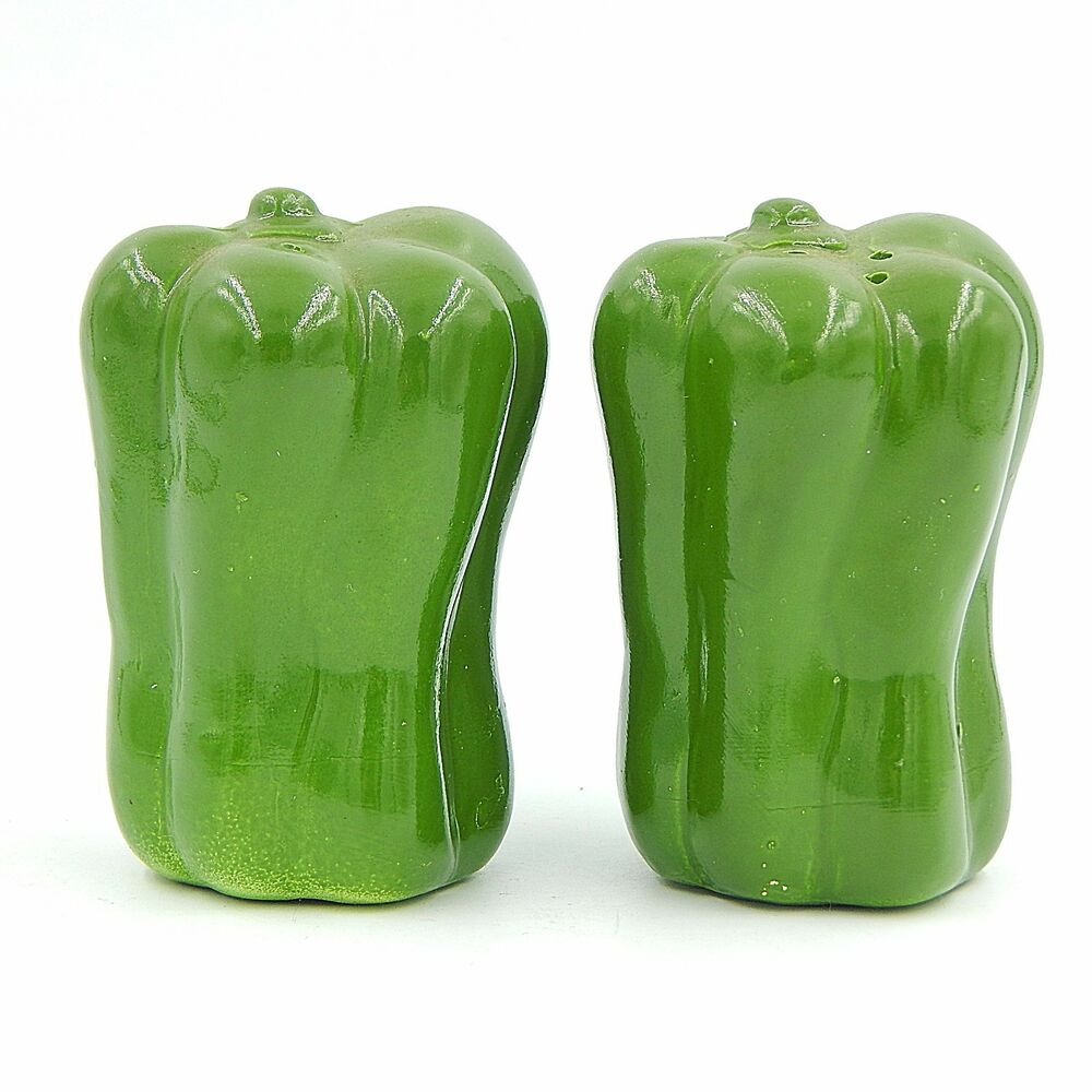 Green Peppers Vegetables Salt And Pepper Shakers Set