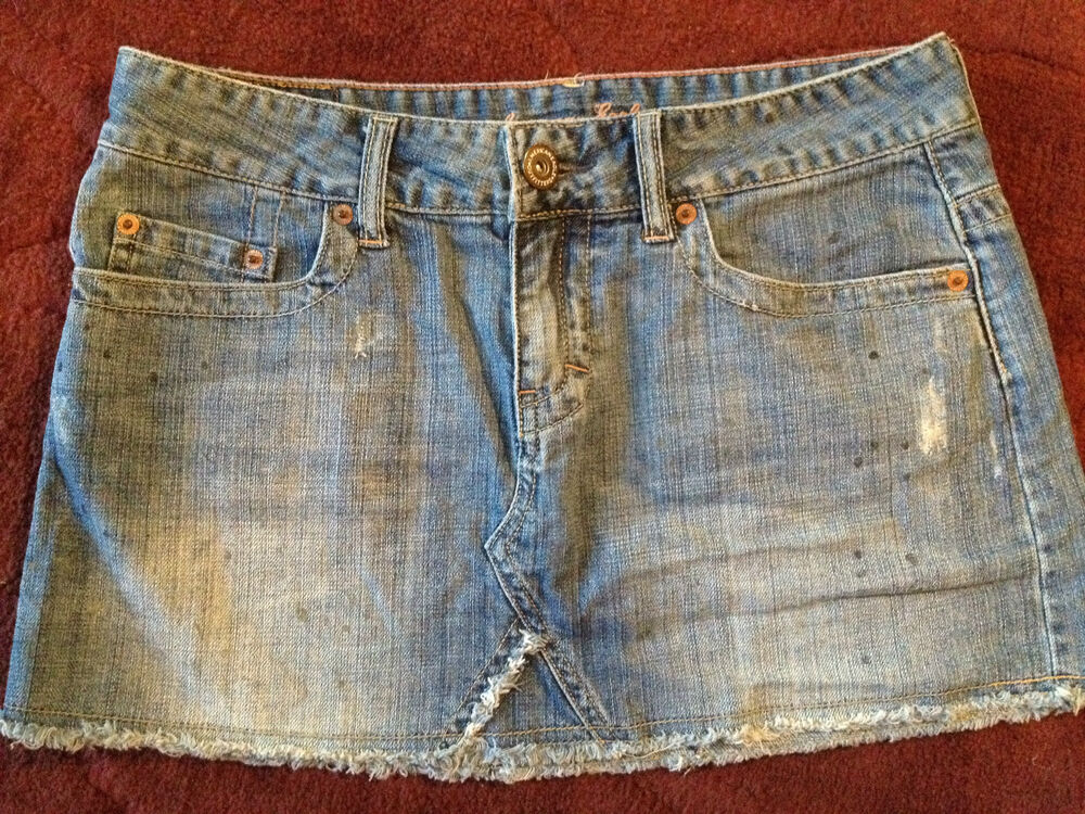 American Eagle Womens Jean Skirt Size 6 RIPS Paint CUTE Back Button Pockets Pink   eBay