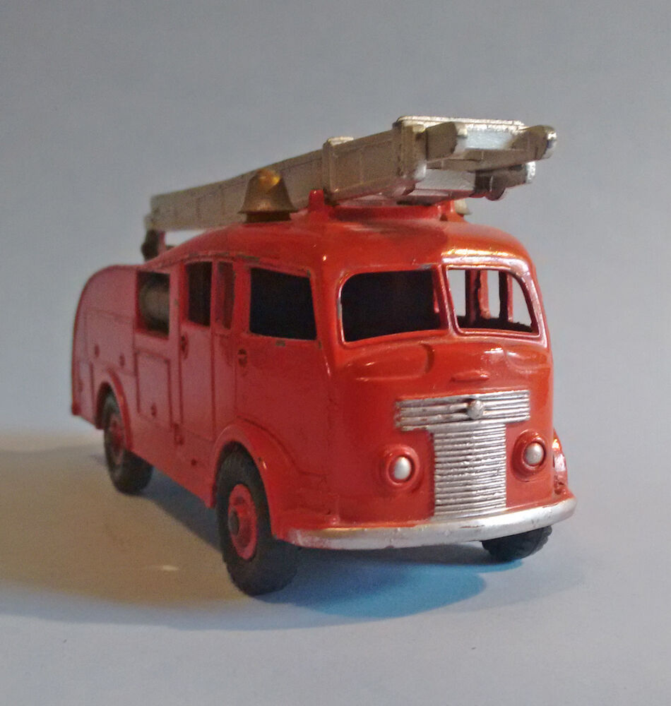 Toys From 1953 : Dinky supertoys meccano england commer fire engine
