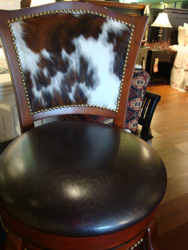 Western Cowhide Leather Swivel Barstool Cherry Hair On