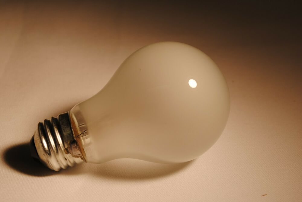 Light Bulbs 100 000 100 Watt Incandescent Bulbs Big Sale