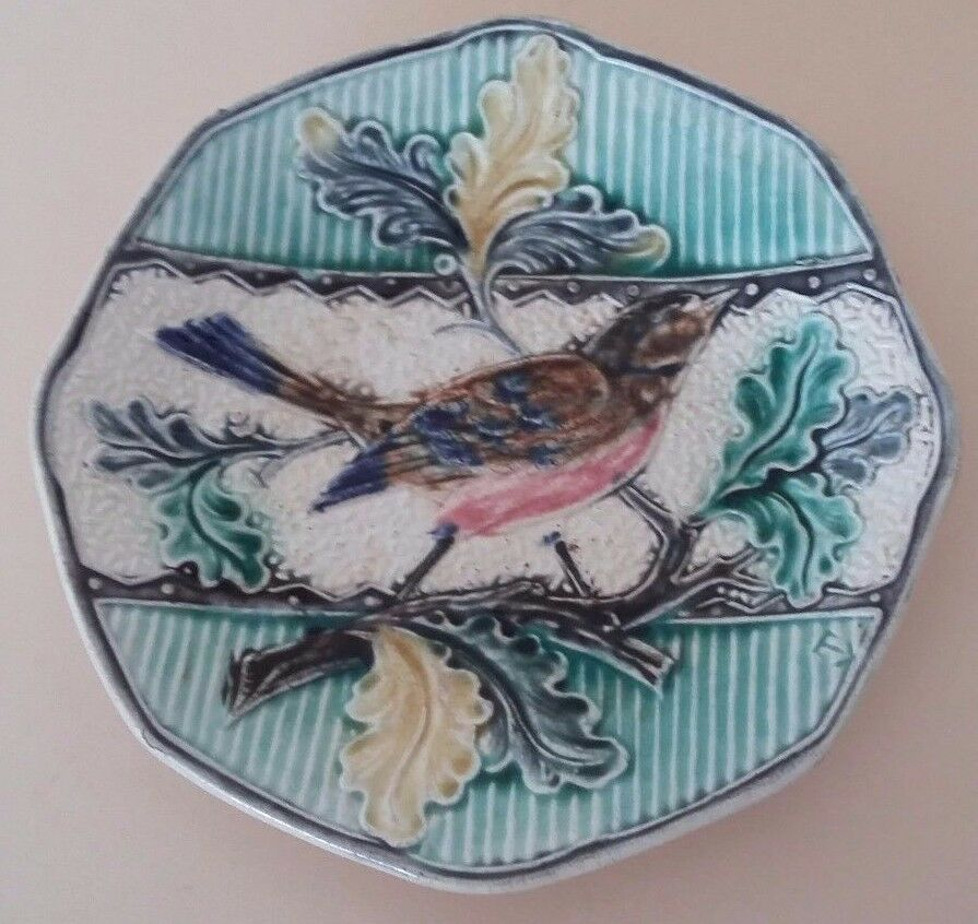 Antique french majolica plate sarreguemines bird decor for Advanced molding and decoration s a de c v