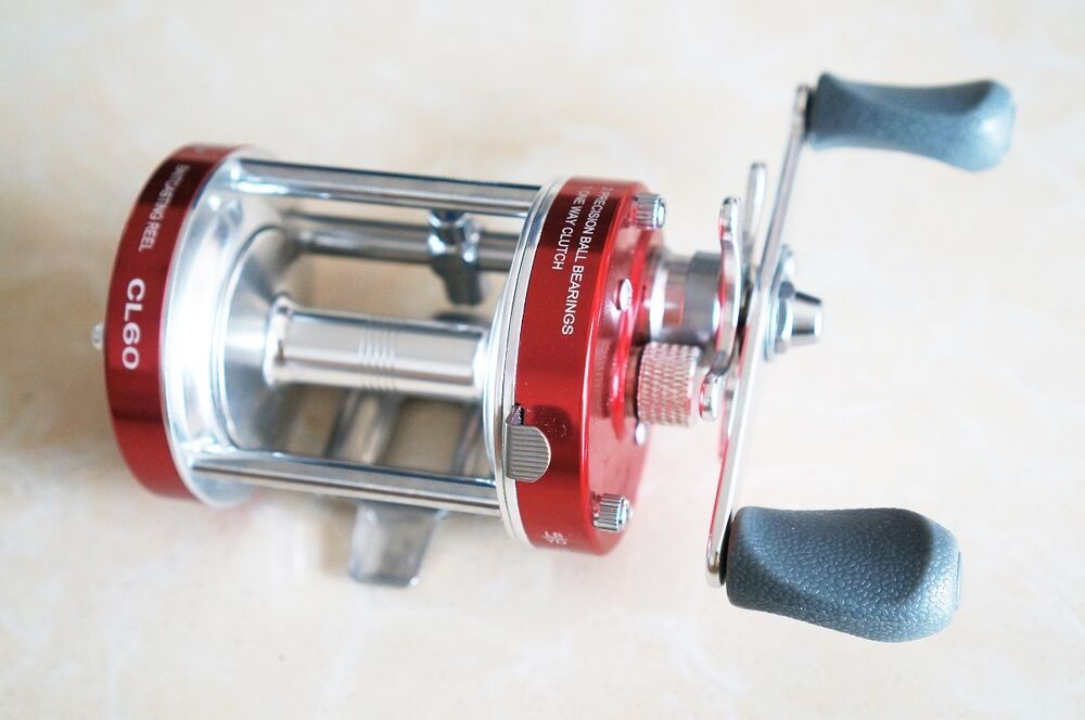 Mingyang red cl60 baitcasting fishing reels 2 bb right for Musky fishing reels