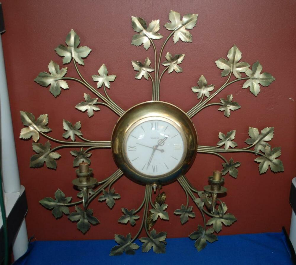 Vintage Mid Century United 920 Electric Wall Clock