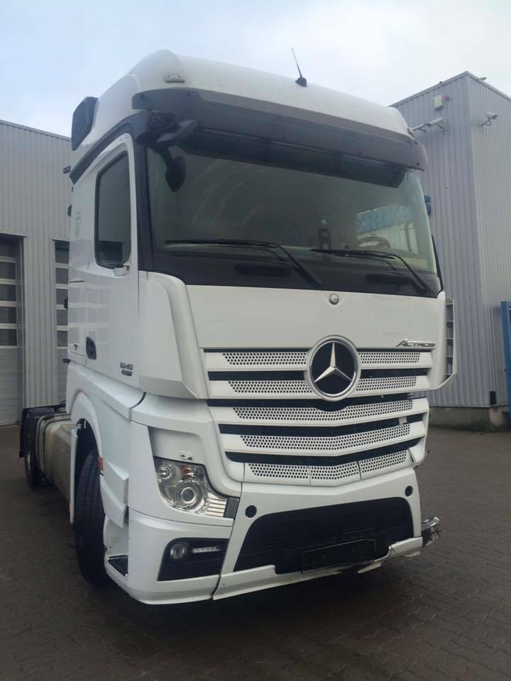 2012 mercedes benz actros mp4 breaking for parts for Mercedes benz accessories ebay