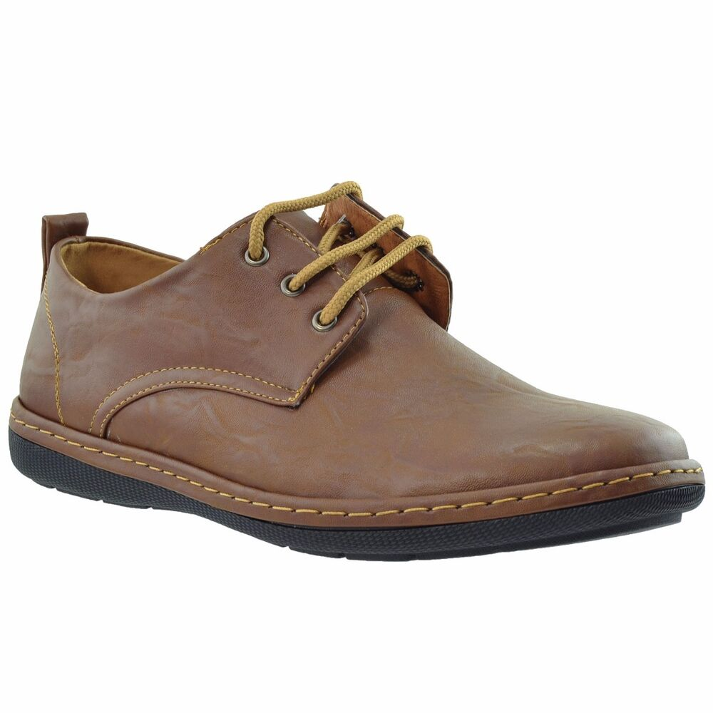 Including what Oxford shoes are, the history of the style, how to wear Oxford shoes the right way and the best men's Oxford shoes you can buy in Men's Fashion Tips & Style Guide