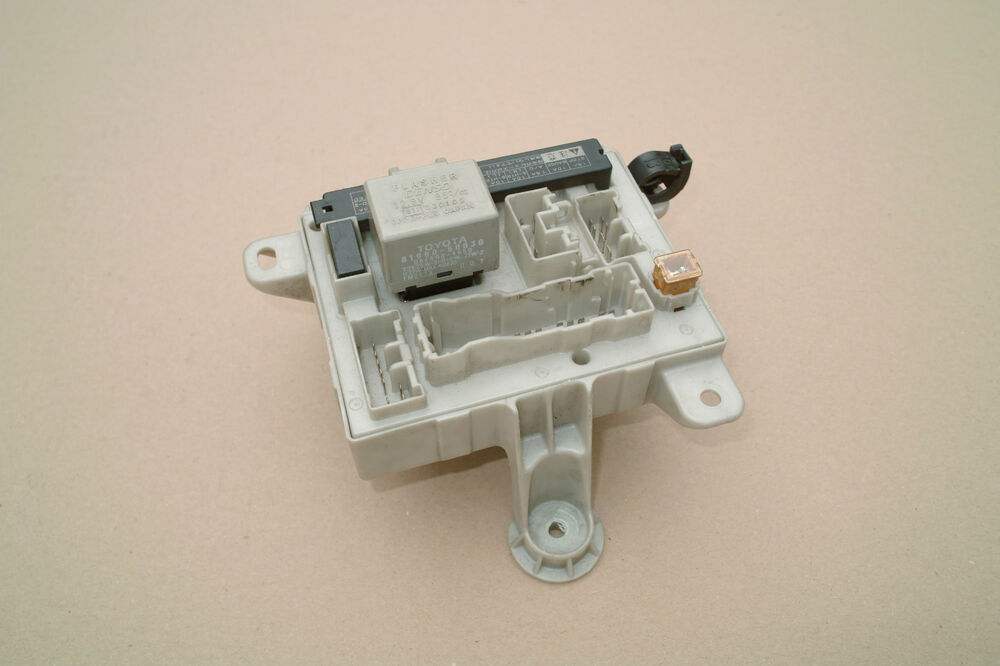 s l1000 toyota estima 2 4 vvti auto petrol 2001 2005 fuse box part number toyota estima 2006 fuse box location at n-0.co