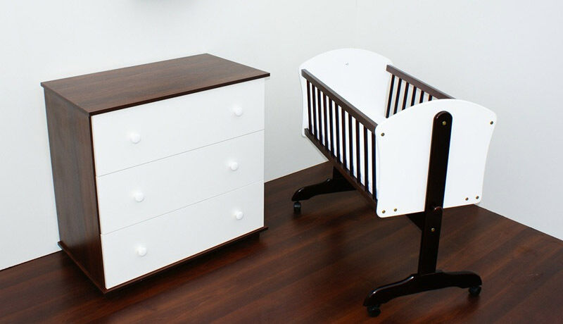 pendelwiege mit matratze wiege babywiege schaukelwiege babybett stubenwagen ebay. Black Bedroom Furniture Sets. Home Design Ideas