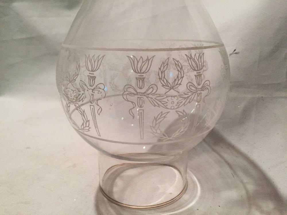 Antique vintage etched glass hurricane oil lamp shade for 10 inch reflector floor lamp globe glass