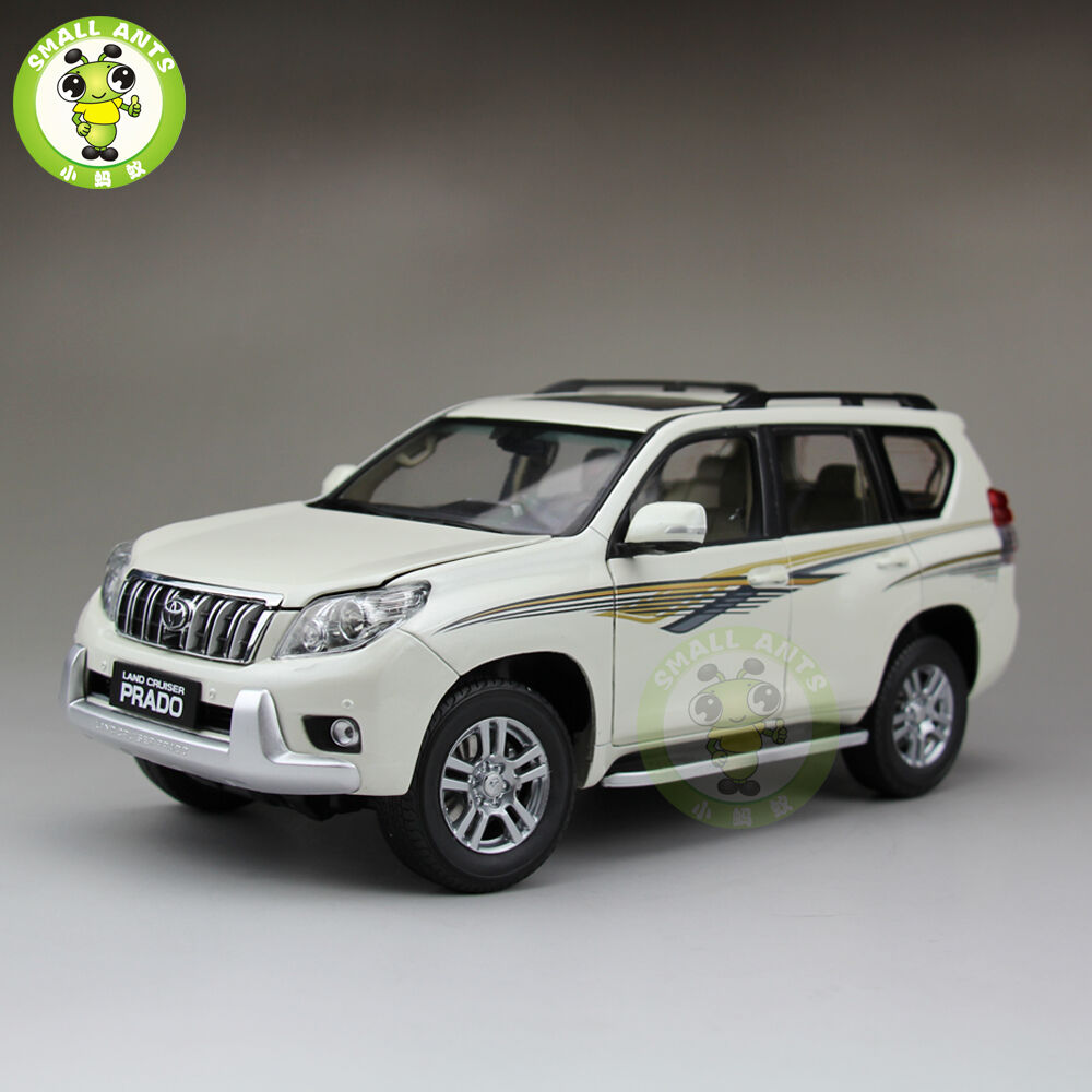 1:18 Scale Toyota Land Cruiser Prado Diecast SUV Car Model