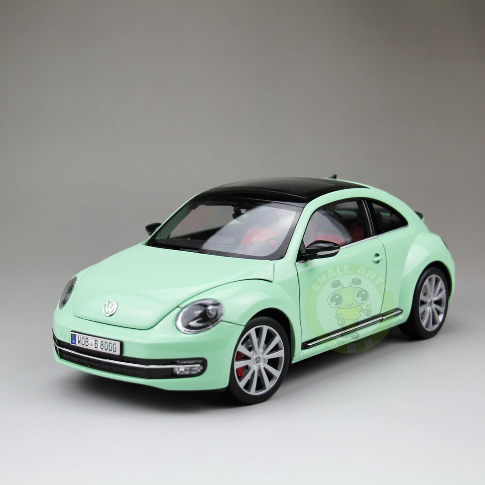 1:18 Scale VW Volkswagen New Beetle Diecast Car Model