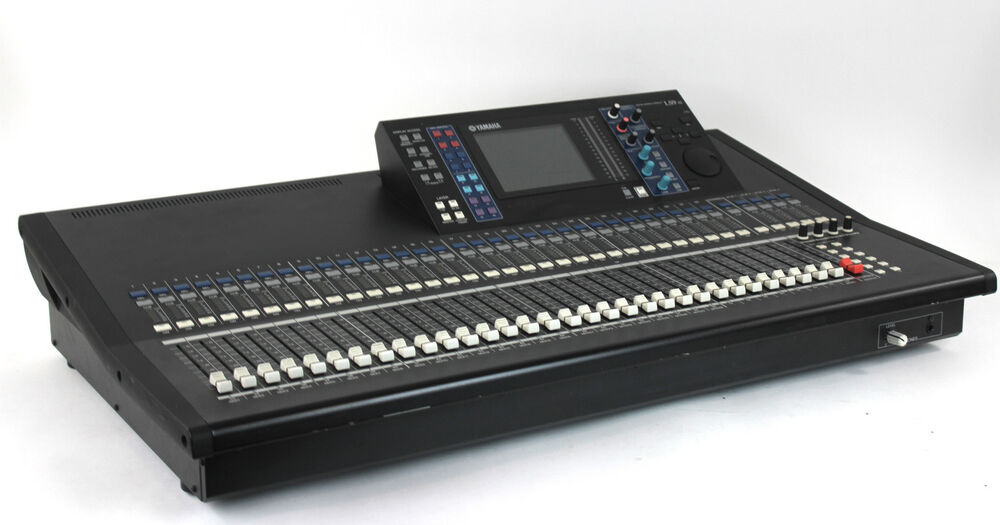 yamaha ls9 32 digital audio console mixing board w case ls932 mixer ebay. Black Bedroom Furniture Sets. Home Design Ideas