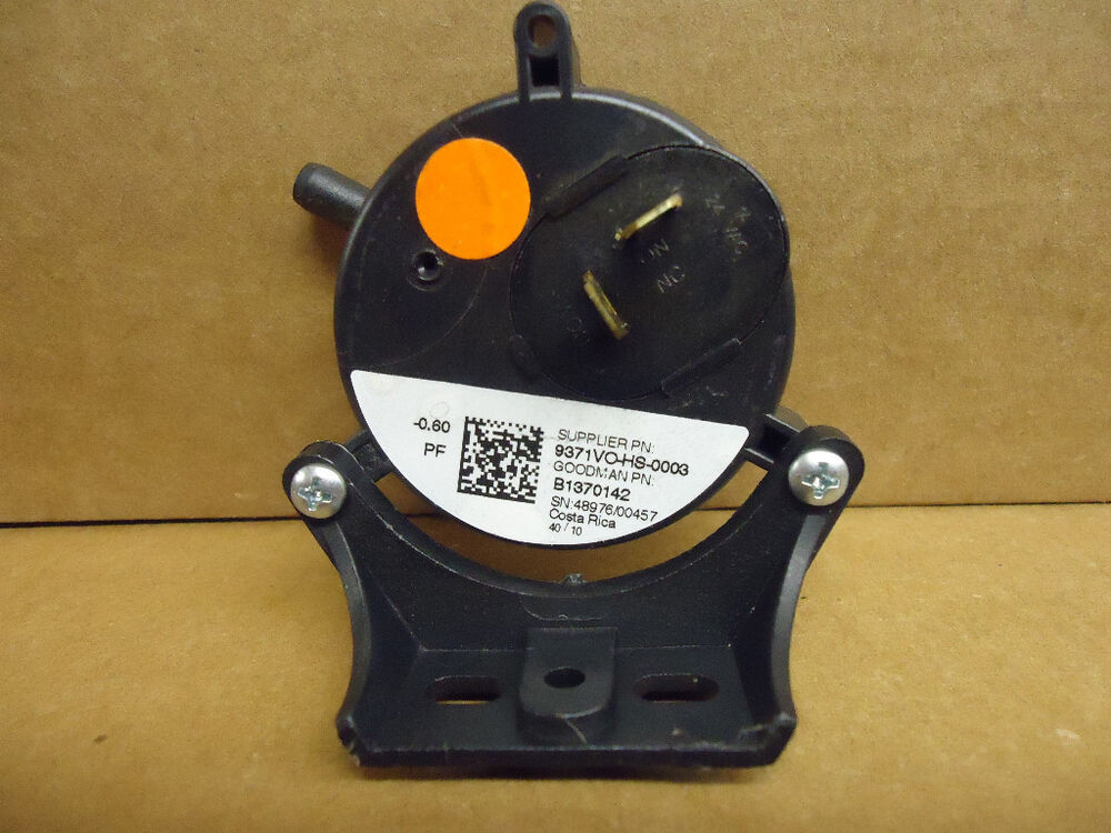 Goodman Amana B1370142 Gas Furnace Air Pressure Switch 0