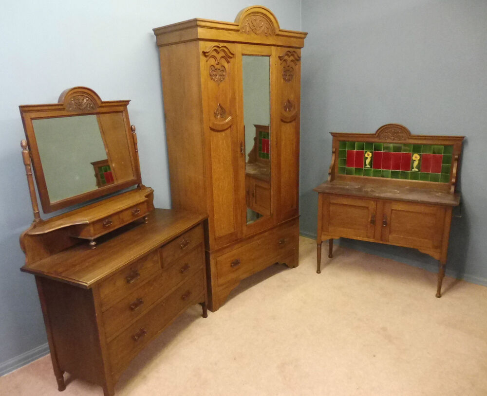 Antique carved oak arts and crafts 3 piece bedroom suite for Ebay bedroom suites