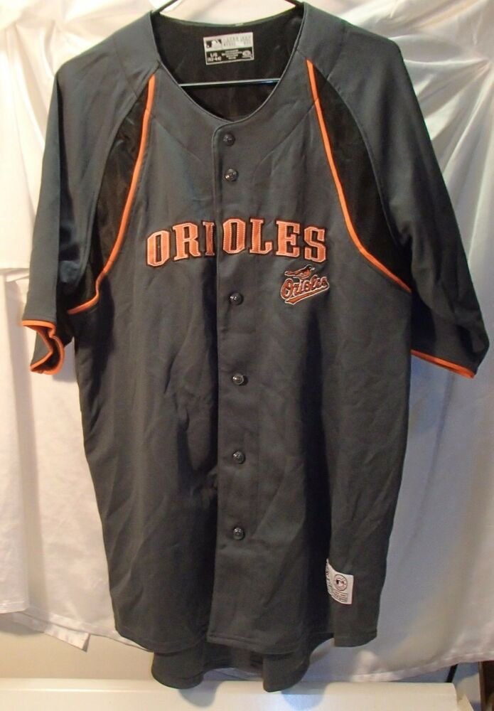 5788e75cfe5 Baltimore Orioles Gray Button Front Embroidered Baseball Jersey Mens Size  Large