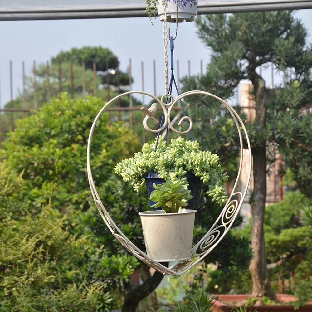 metal hanging planter plant pot heart shape flower basket. Black Bedroom Furniture Sets. Home Design Ideas