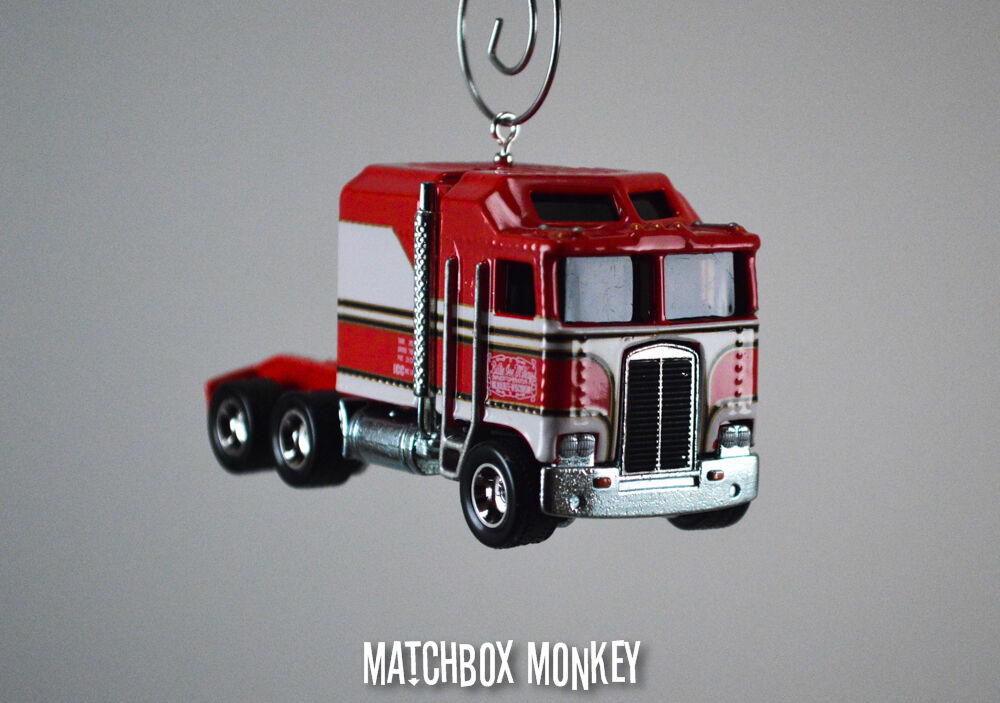 Semi Truck That S Also A Toy Car Holder : Bj and the bear custom classic kenworth k cabover