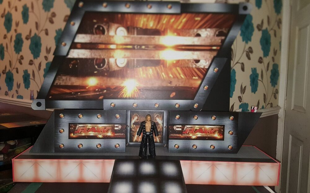 Wwe Official Scale Raw 2002 2005 Entrance Stage For