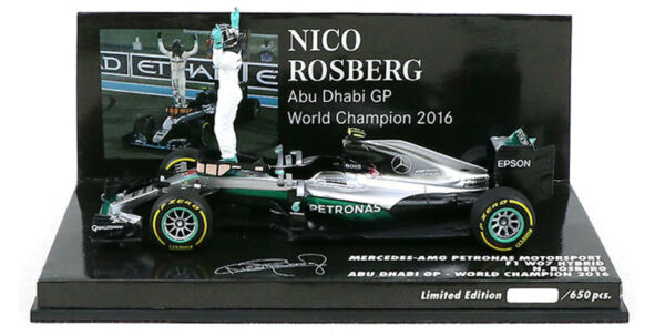 Minichamps Mercedes W07 Abu Dhabi 2016 - Nico Rosberg with Figurine 1/43 Scale