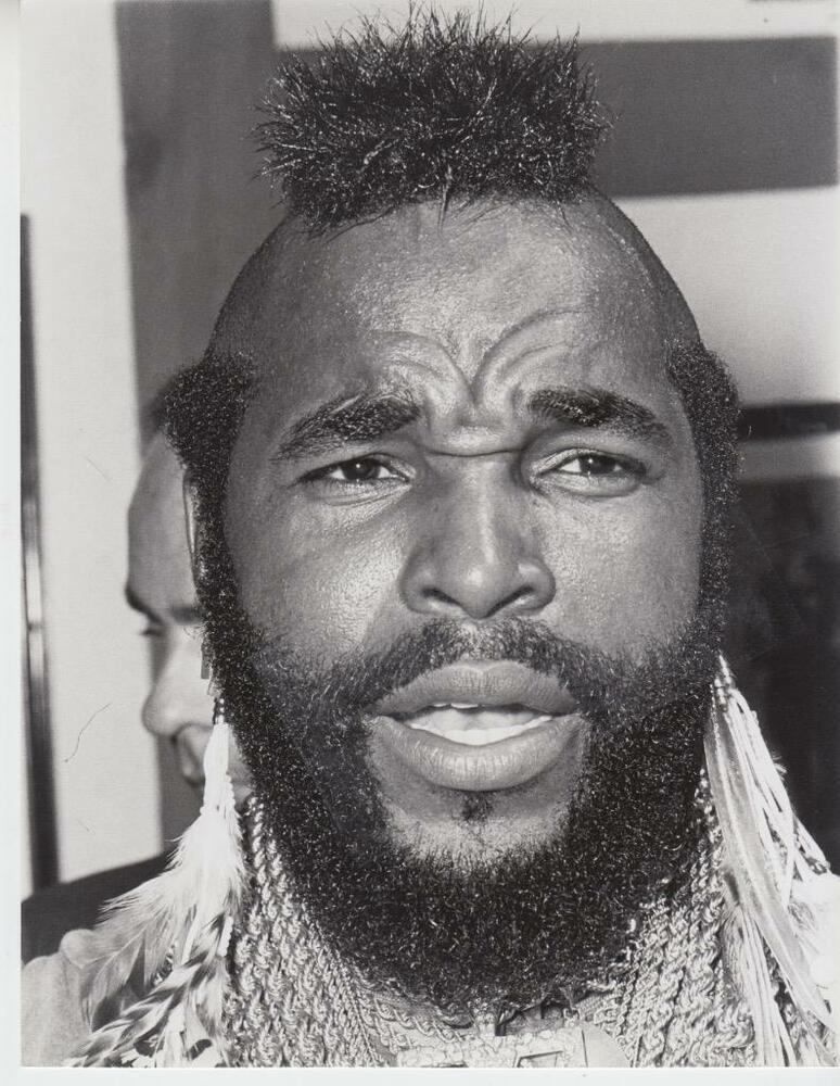 Mr T At Saloon Restaurant Beverly Hills Dated91583 Captioned