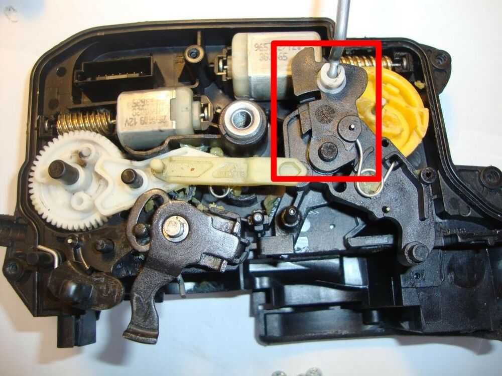 Bmw 3 Series E90 E91 E92 E93 Central Door Lock Actuator
