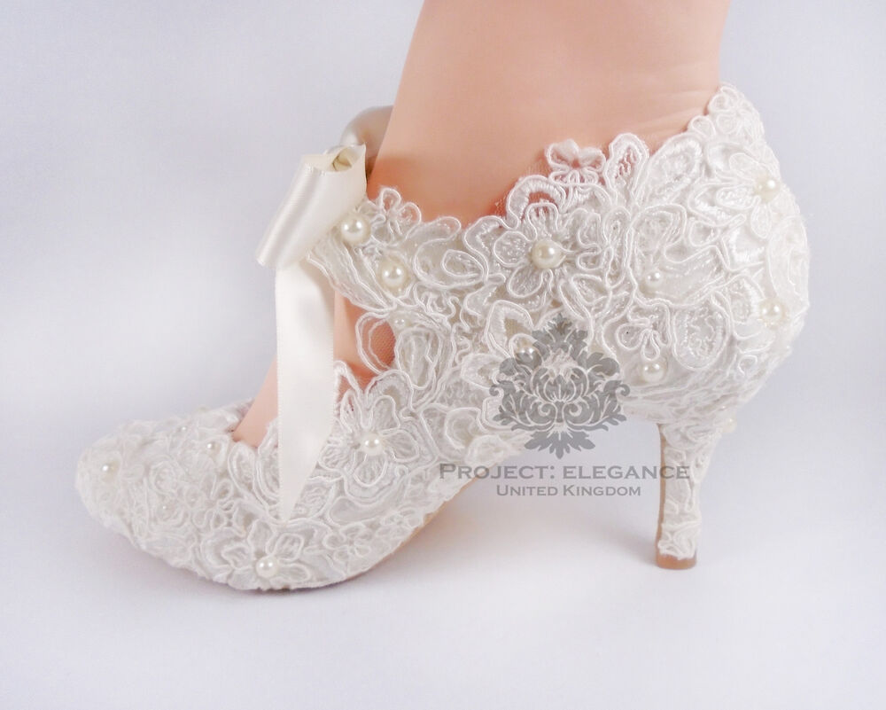 IVORY LACE WEDDING SHOES Bride Bridal MARY JANE Satin