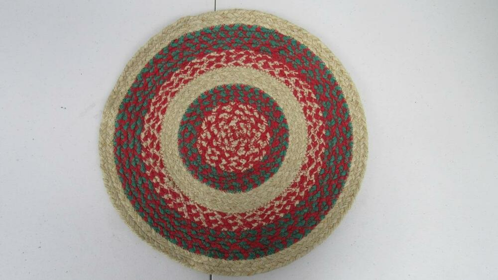 Christmas Holiday Winter Braided Round Placemat ...