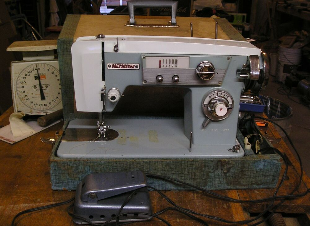 Vintage Dressmaker KNS Portable Sewing Machine WCase Deluxe Zig Awesome Sewing Machines Plymouth