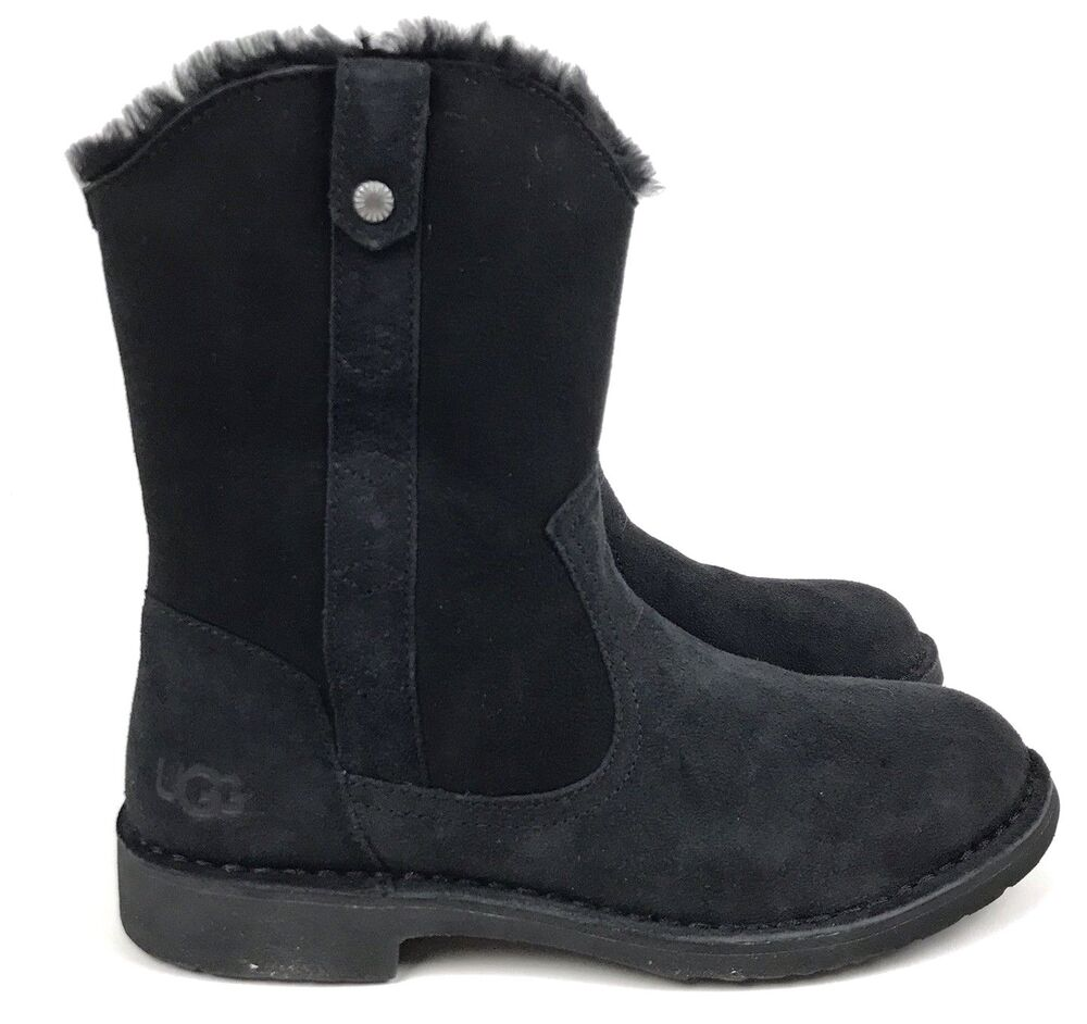 80013b5f940 UGG Women's Larker Twinface Sheepskin and Suede Black Boots | eBay