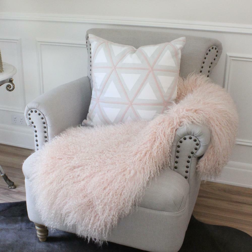 BLUSH PINK MONGOLIAN SHEEPSKIN THROW TIBETAN LAMBSKIN FUR