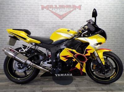 2006 (06) YAMAHA YZF R6 - ROSSI REPLICA - LOADS OF EXTRAS