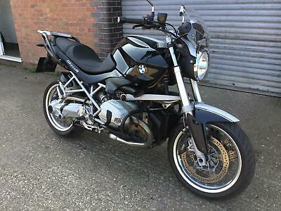 2012 BMW R1200R CLASSIC BLACK WITH WHITE STRIPE