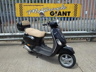 Vespa LX 50 2010 Only 5k Miles Can be ridden on a car licence *