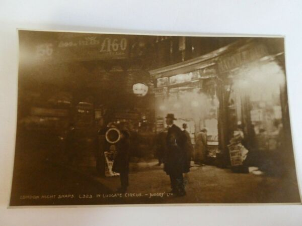 Atmospheric 1930s Real Photo Postcard of Ludgate Circus LONDON NIGHT SNAPS