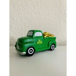 Kyпить Target Bullseye Playground BP St Patrick's Truck with Gold Clover Green Decor  на еВаy.соm