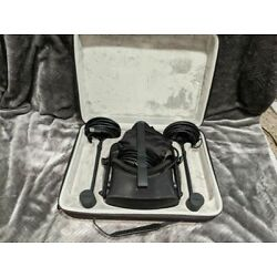 Kyпить Oculus Rift with touch controllers, two sensors, and carrying case на еВаy.соm