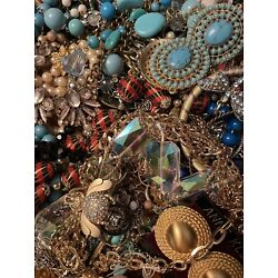 Kyпить Jewelry Vintage-Modern Huge  Lot Craft, Junk, Wearable,  Over One Full Pound на еВаy.соm