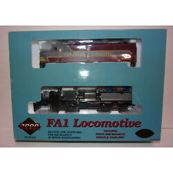 Vintage HO * Proto 2000 Canadian Pacific FA1 Powered Diesel Locomotive CP #4002