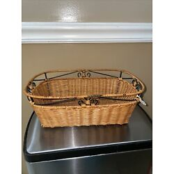 PRINCESS HOUSE CASUAL HOME WOVEN RATTAN WICKER BREAD BASKET (2544) With Tag