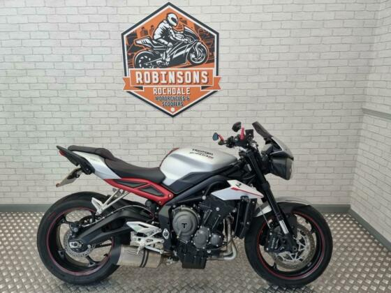 2019 19 Triumph Street Triple R Low with only 2149 Miles