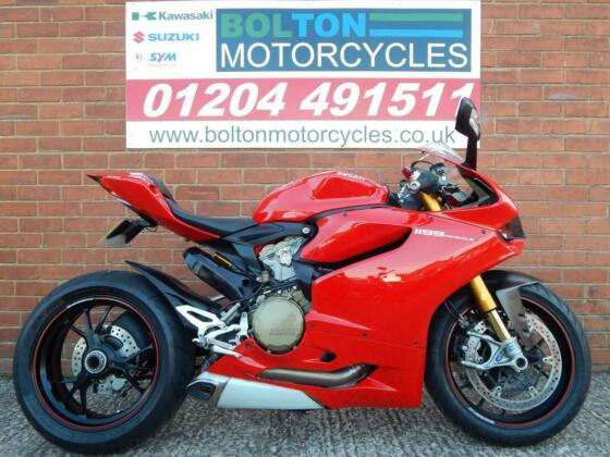 DUCATI 1199 S PANIGALE ABS 2012 RED SUPER SPORTS MOTORCYCLE