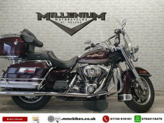 2007 (07) HARLEY DAVIDSON FLHR ROAD KING FINISHED IN RED AND SILVER WITH ONLY