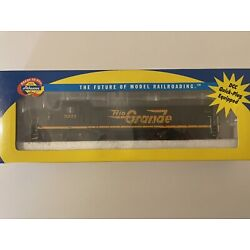 Ho Scale Athearn RTR SD40t-2 DRGW W/ Gyra Light #5371 DC