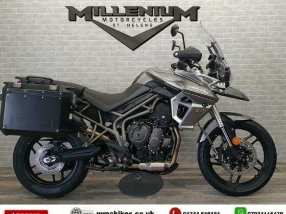 2018 (18)  TRIUMPH TIGER 800 XRT FINISHED IN SILVER WITH 5866 MILES